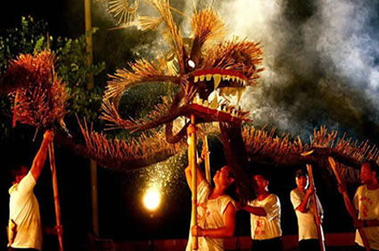 Tai-Hang-Fire-Dragon-Dance